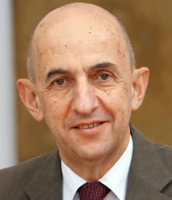 louis gallois est président exécutif d'eads.