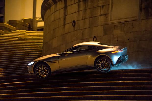 Voiture : Aston Martin DB10