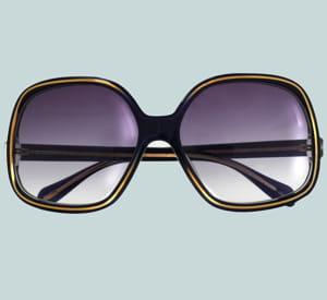 les lunettes oliver peoples.