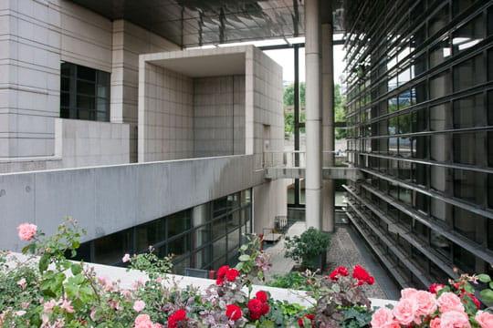 Bercy : porte d'honneur