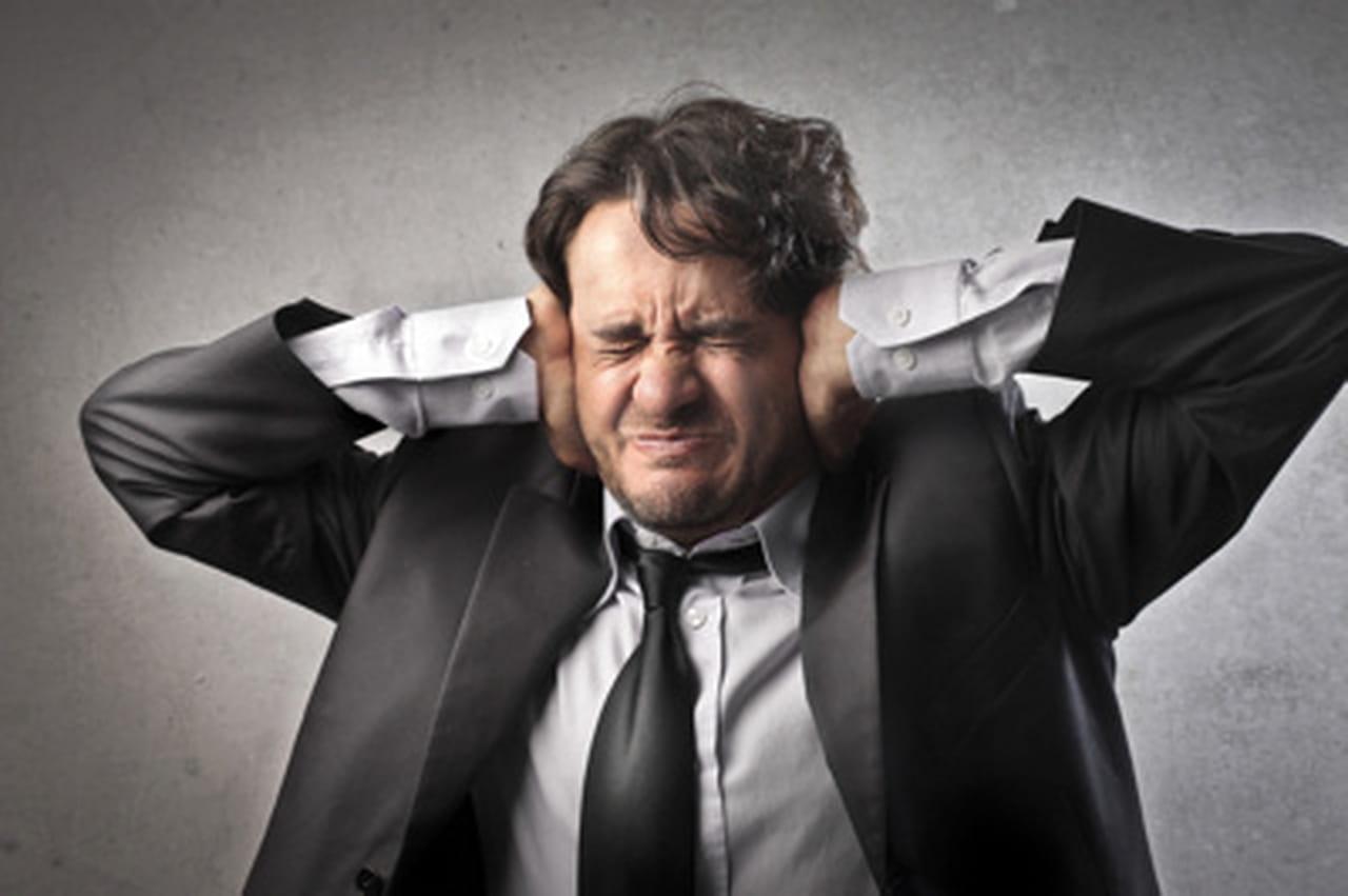 Comment Rencontrer Ses Voisins comment dire (avec tact) à votre collègue qu'il fait trop de