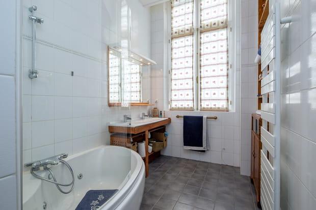 Une deuxième salle de bains
