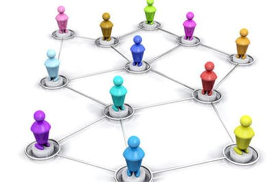 IBM Connections 4 sur les plates-bandes de Twitter et Facebook