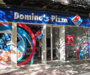 un point de vente français de domino's pizza.