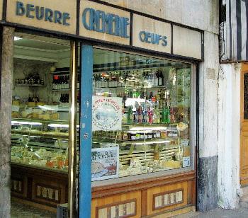 une crémerie parisienne.