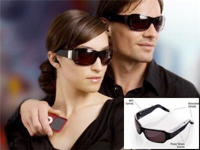 des lunettes de soleil pleines de technologie, mais design
