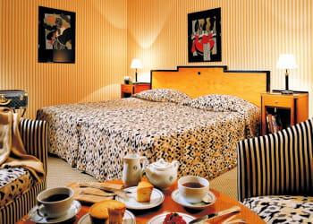 chambre à 545 euros à l'hôtel martinez