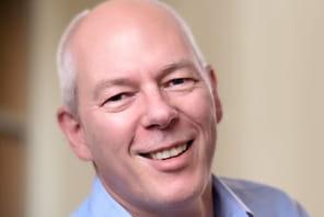 """Adrian Cockcroft (AWS) : """"De plus en plus de grands groupes ferment leurs data centers pour basculer sur Amazon Web Services"""""""
