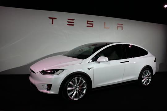 Nous avons conduit la Model X de Tesla. Voilà ce que ça fait
