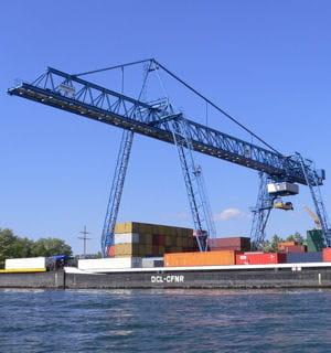 le port autonome de strasbourg.