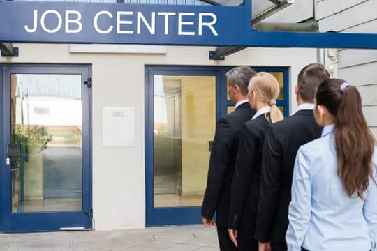 Réforme du chômage: certaines mesures reportées à 2021