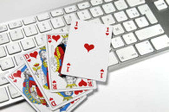 Jeux d'argent : l'offre illégale persiste malgré la loi
