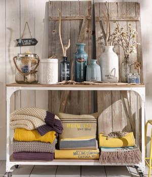 directeur de magasin maisons du monde 2 250 2 255 euros brut par mois. Black Bedroom Furniture Sets. Home Design Ideas