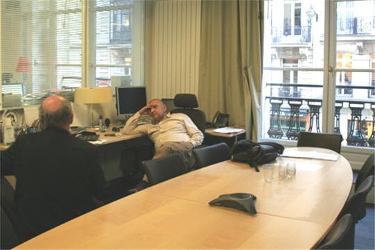 Locaux Allociné : bureau salle de réunion