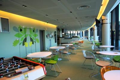 cafétéria du siège français et européen de microsoft à issy-les-moulineaux.