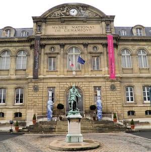 le musée nationalde la céramique àsèvres.