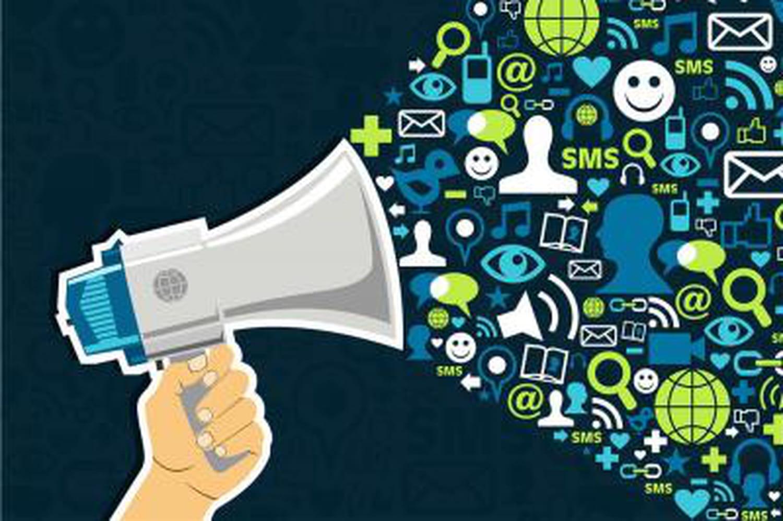 Que propose la norme Afnor sur les avis de consommateurs?