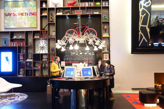 CitizenM, l'hôtel digitalisé qui rend le luxe accessible