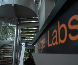 france télécom, et ensuite les 'orange labs' ont une riche histoire en matière