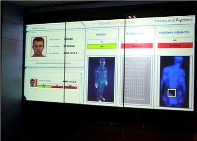 smart corridor, une solution thales associant contrôle d'identité et détection