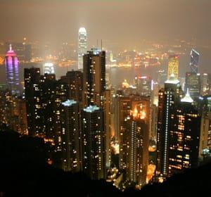 la france a exporté pour 4,21milliards d'euros à hong kong en 2010.