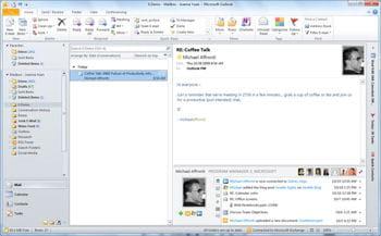 ocs permet la convergence mail, messagerie, avec un brin de téléphonie.