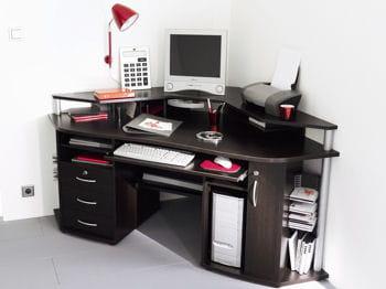 un bureau d'angle compact et logeable vous permettra de gagner de la place