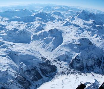 val d'isère et son domaine skiable.